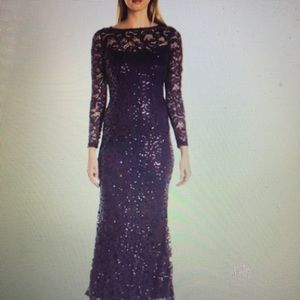 Long-sleeve Stretch Sequin lace gown (NAVY)